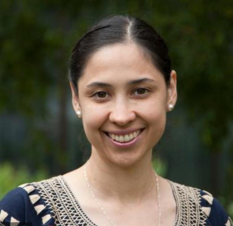 Stefanie Piña Escudero